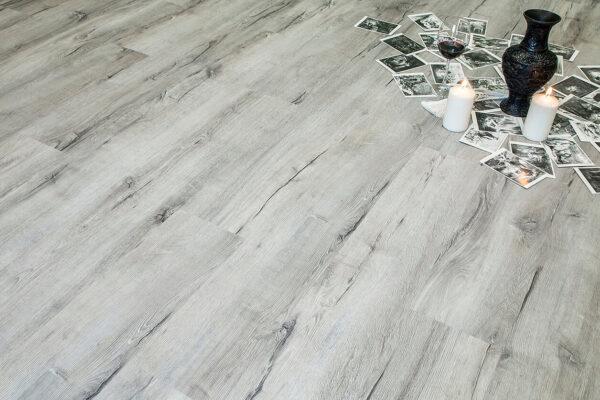"""Кварц-виниловая плитка Fine Floor Rich Click FF-2070 """"Дуб Корфу"""""""